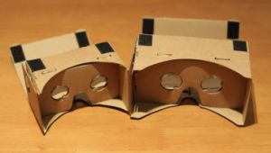 The Carton Paper 3D Glasses for Enjoy 3D Game/Movie on Smartphones pictures & photos