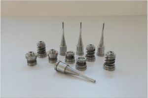 Plastic Injection Pet Preform Mold/Mold Needle Valve pictures & photos
