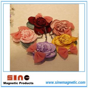 2016 New Product Creative Fabrics Rose Fridge Magnet Hook pictures & photos