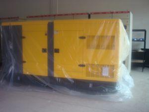 250kVA 200kw Yuchai Silent Diesel Generator Standby 275kVA Standby Power pictures & photos