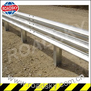 Highway Aashto M180 Steel W Beam Guardrail pictures & photos