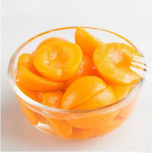 Best Quality Canned Apricots in Light Syrup pictures & photos