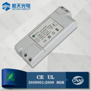 NXP IC Constant Current 24W Dimmable Power Supply Compatible with Manco Dimmer for LED Indoor Lighting pictures & photos