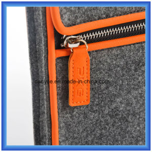 """Promotional Eco-Friendly Portable Wool Felt Laptop Briefcase Bags with Zipper for Apple MacBook Air PRO and 13""""Laptop pictures & photos"""