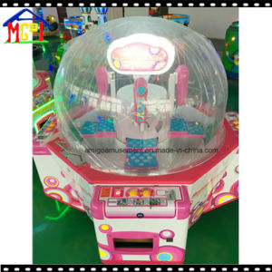 Redemption Machine for Toy and Candy Vending Game pictures & photos