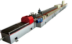 Full Service World PU Shutter Door Slat Roll Forming Machine pictures & photos