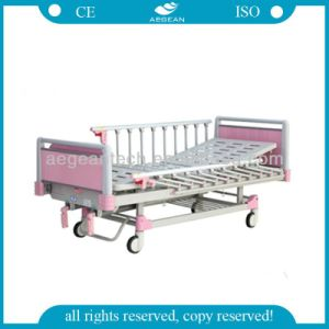 AG-CB012 High Quality Pink Color Manual Functions ISO&Ce Hospital Child Beds pictures & photos