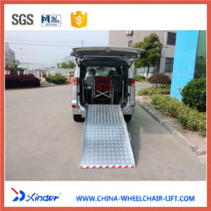 Easy and Safety Manual Fold Wheelchair Ramp for Van pictures & photos