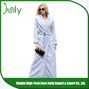 Practical Novel Popular Personalized Bathrobes Microfiber Girls Bathrobes pictures & photos