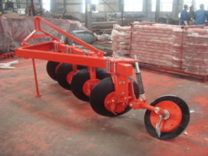Tractor Mounted Disk Plow with 4 Discs (1LY-425) pictures & photos