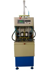Semi Automatic Plastic Blow Molding Machine for Hot Filling Bottle pictures & photos