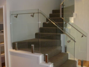 Square Spigot Balustrade with Handrail pictures & photos