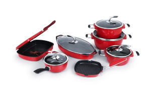 Fashionable Red Nonstick Casting Aluminum Pots and Pans Set pictures & photos
