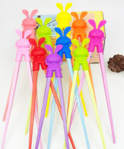 Cut Rabbit Adorable Design Silicone Chopsticks Holder for Kids Learning pictures & photos