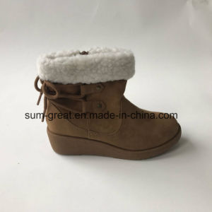 Comfortable Fashion Ankle Women Boots with Cemented TPR Outsole 043 pictures & photos
