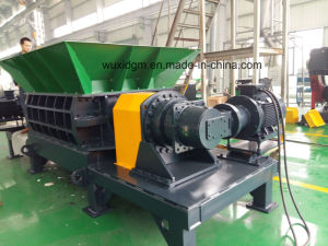 Dgd1500 Heavy Duty Twin Shaft Shredder pictures & photos