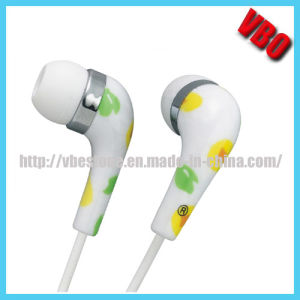 Beautiful OEM Printed in-Ear Earphone pictures & photos