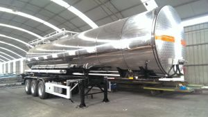Aluminium Alloy Insulating Tanker with Heating System pictures & photos
