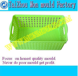 Plastic Injection Salad Spinner Mould pictures & photos