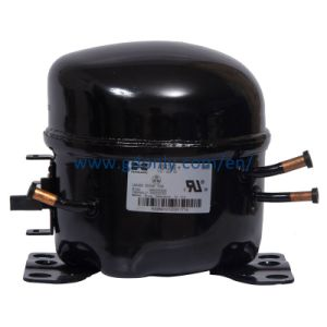 Huaguang Refrigerator Compressors (R134A/15V/60Hz/LBP) pictures & photos