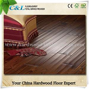 Handscraped Acacia Solid Wood Flooring pictures & photos