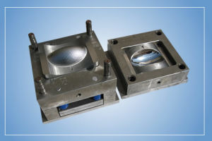 Plastic Blowing Mould for Bottles pictures & photos