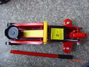 Floor Jack pictures & photos