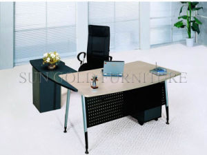 Fashion Office Desk with Steel Foot and Back Board (SZ-OD015) pictures & photos
