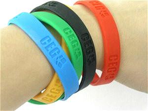 Eco Friendly Decorative Silicone Bracelet pictures & photos