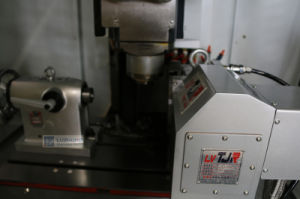 Drilling and Tapping Machining Center (MV0536 MV500 MV700 ) pictures & photos