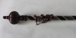 Hollow Engraving Aluminium Curtain Rod pictures & photos