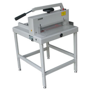 Manual Guillotine Paper Cutter (YH-F4305) pictures & photos