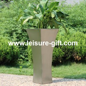 New Decorative Stainless Steel Figure Vase (FO-9009) pictures & photos