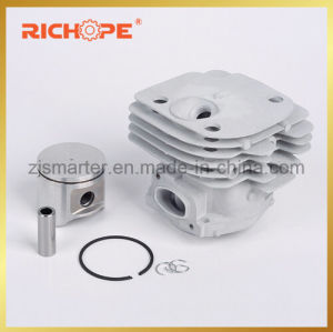 Cylinder Kits for Gasoline Chain Saw (HS372-D) pictures & photos