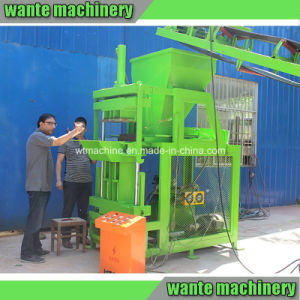 Wt2-10 Solid Block Simple Interlocking Brick Machine in Kenya pictures & photos