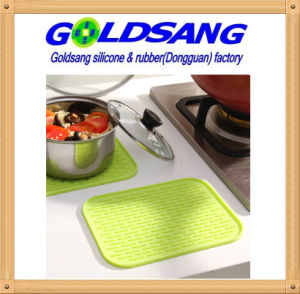 Kitchen Product Colorful Rectangle Silicone Pot Mat& Table Mat pictures & photos