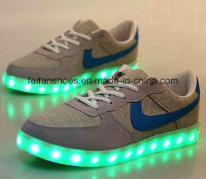 OEM Latest Men Good Sale USB Charging LED Shoes Leisure Sports Shoes (FF416-4) pictures & photos
