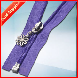 OEM Custom Made Top Quality Custom Reflective Zipper pictures & photos