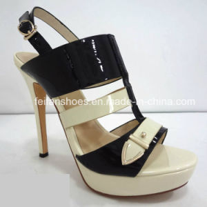 New Style Women Shoes Waterproof Platform High Heels Shoes Sandals pictures & photos