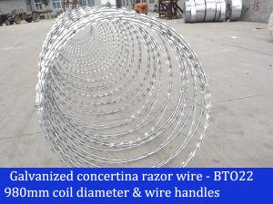 400mm - 1200mm Coil Diameter Galvanized Concertina Razor Wire Bto22 pictures & photos