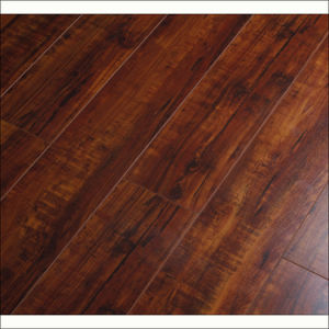 Brushed Rustic Style HDF Laminate Floor pictures & photos