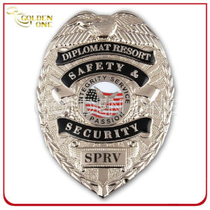 Custom Made Bright Gold Plated Metal Emblem Police Badge pictures & photos