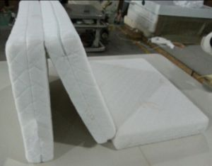 Foldable Memory Foam Sponge Mattress, 3 Folding Mattress pictures & photos