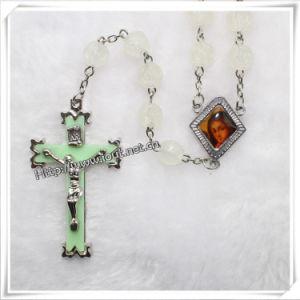8mm Luminous Acrylic Beads Catholic Rosary (IO-cr025) pictures & photos