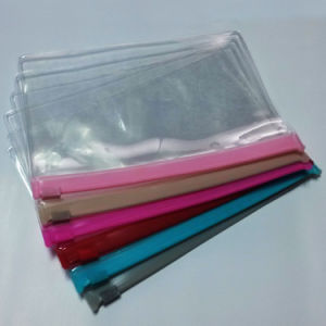 Hot Sale Cheap Clear PVC Zipper Pouch pictures & photos