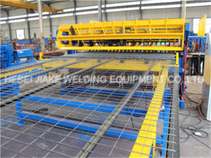 China Welded Wire Roll Mesh Machine pictures & photos