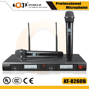 Professional UHF Wireless Microphone System for KTV with Recharging Battery System