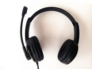 High Quality Headphone Competitive Price Headset China Manufacturer pictures & photos
