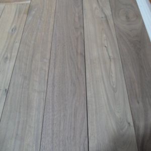 Natural Color Smooth Surface American Walnut Wood Flooring