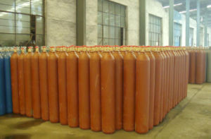 China High Pressure Industry Oxygen Gas Cylinder pictures & photos